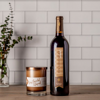 Vin Chocolat Almond Wine and Candle Set